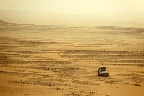 http://www.transafrika.org/media/Sudan/Wueste.jpg