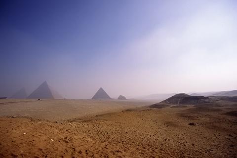 http://www.transafrika.org/media/aegypten/pyramiden.jpg