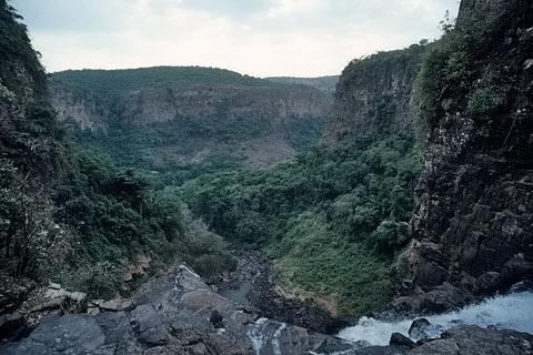 http://www.transafrika.org/media/guinea/fouta-djalon.jpg