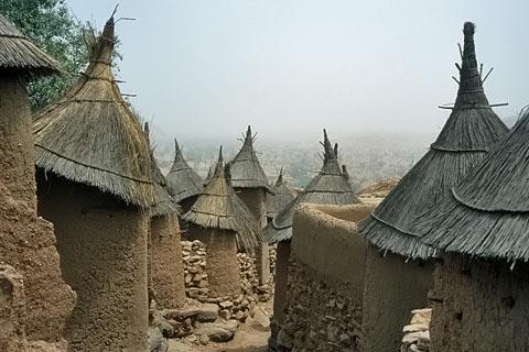 http://www.transafrika.org/media/mali/dogon-dorf-mali-2.jpg
