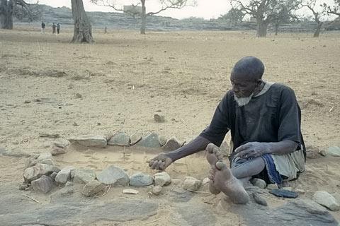 http://www.transafrika.org/media/mali/dorfaeltester-dogon.jpg