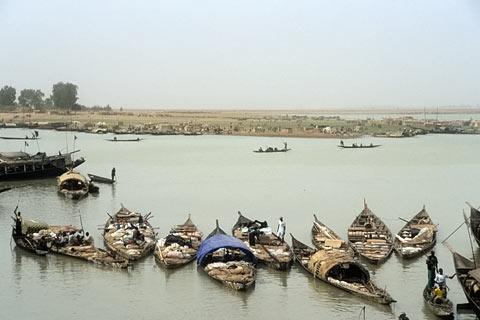 http://www.transafrika.org/media/mali/mopti-hafen-mali.jpg