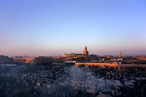 http://www.transafrika.org/media/marokko/Marakech.jpg