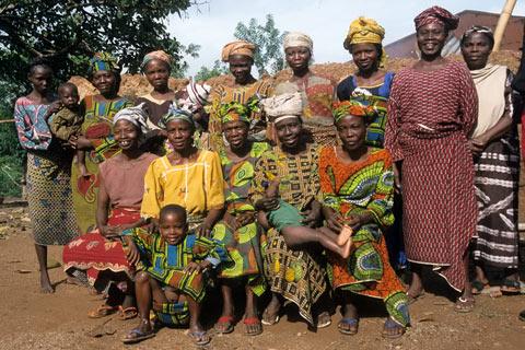 http://www.transafrika.org/media/nigeria/yoruba-frauen-nigeria.jpg