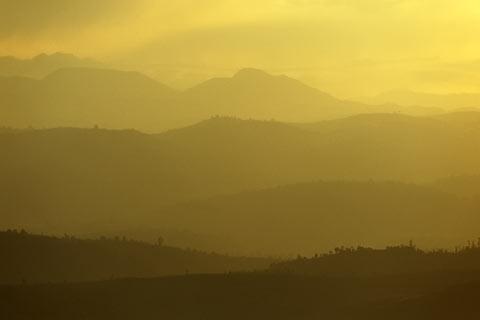 http://www.transafrika.org/media/ruanda/sonenuntergang-ruanda.jpg